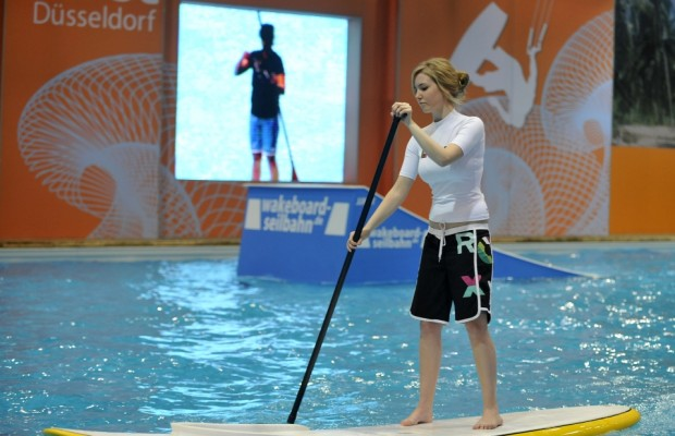 boot Düsseldorf 2012: World of Paddling mit Indoor-Fluss und Kletterwand