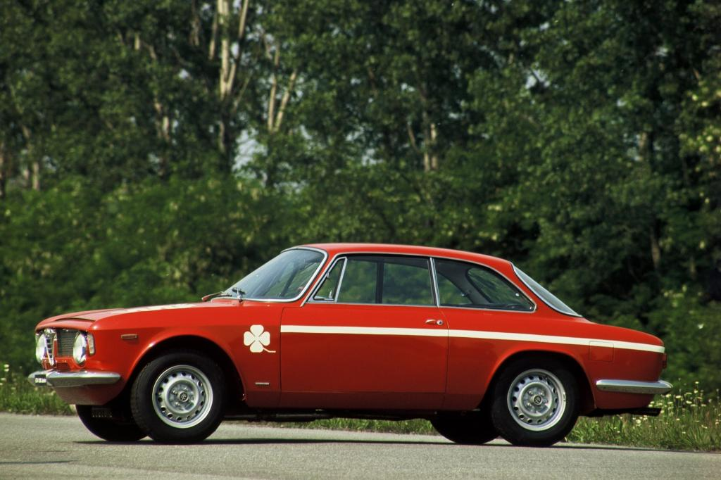 Alfa Romeo Giulia Coupe 1300 GTA Junior