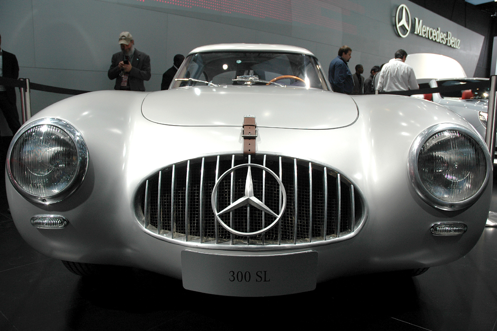 Aufwändig restauriert: Mercedes 300 SL, Baujahr 1952, Nummer 2.