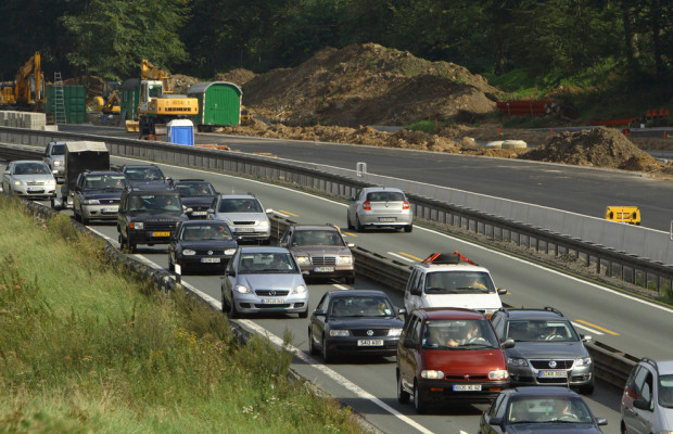 Autobahnbaustellen: ADAC fordert breitere Fahrsteifen