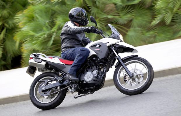 BMW hilft beim Motorradführerschein