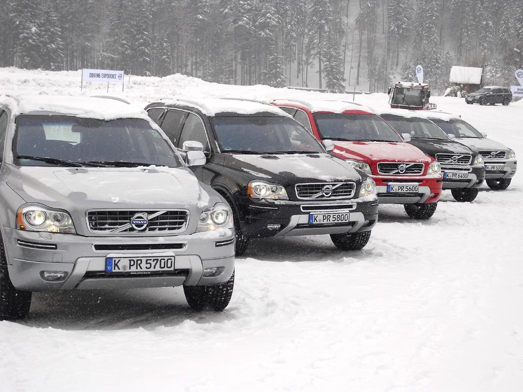 Beim Volvo-Wintertest stand noch der aktuelle XC90 im Mittelpunkt.