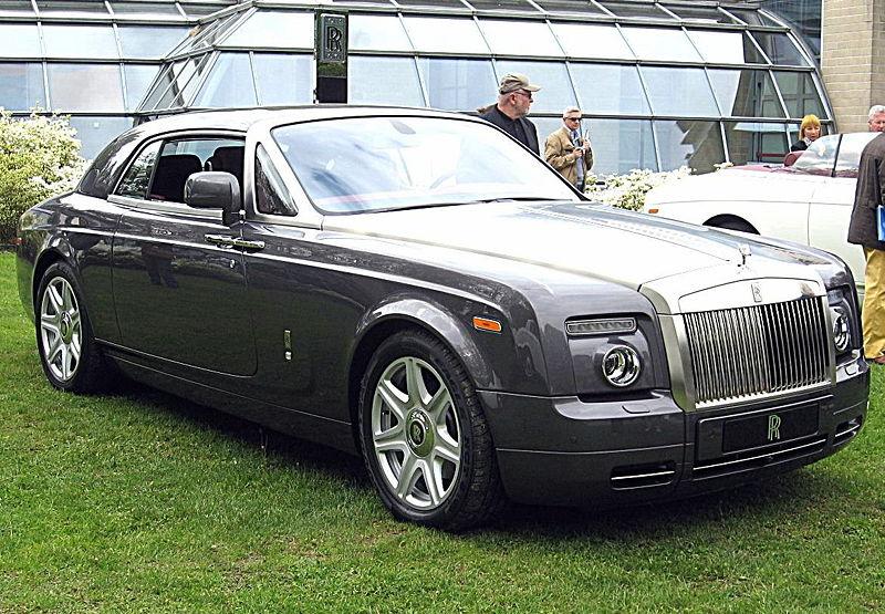 Edler Brite: auch ein Rolls-Royce Phantom Drop Head Coupe war mit in der Sammlung. Bescheidenes Kennzeichen: