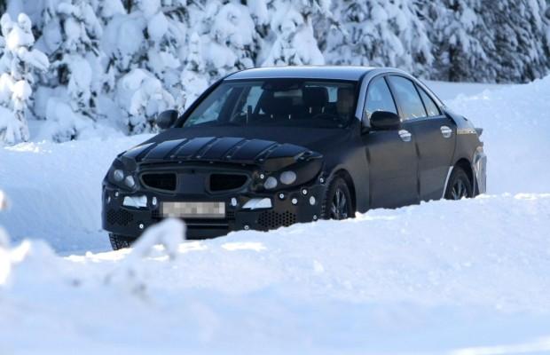 Erwischt: Erlkönig Mercedes-Benz C-Klasse – Erster Prototyp im Schnee