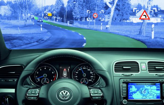 FAMOS präsentiert innovative karten- und ortungsbasierte Fahrerassistenzsysteme