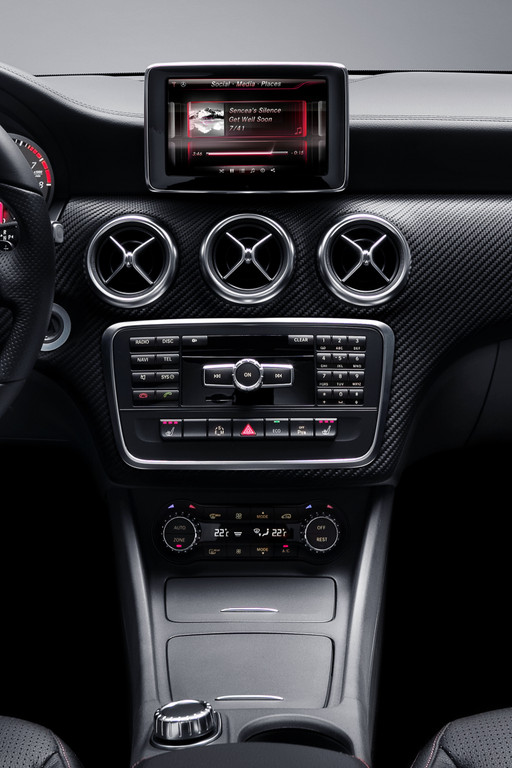 Mercedes-Benz A-Klasse bietet Smartphone-Integration