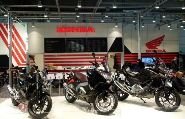Motorrad Messe Leipzig 2012: KTM, Honda, Suzuki, Moto Guzzi, Triumph und Yamaha