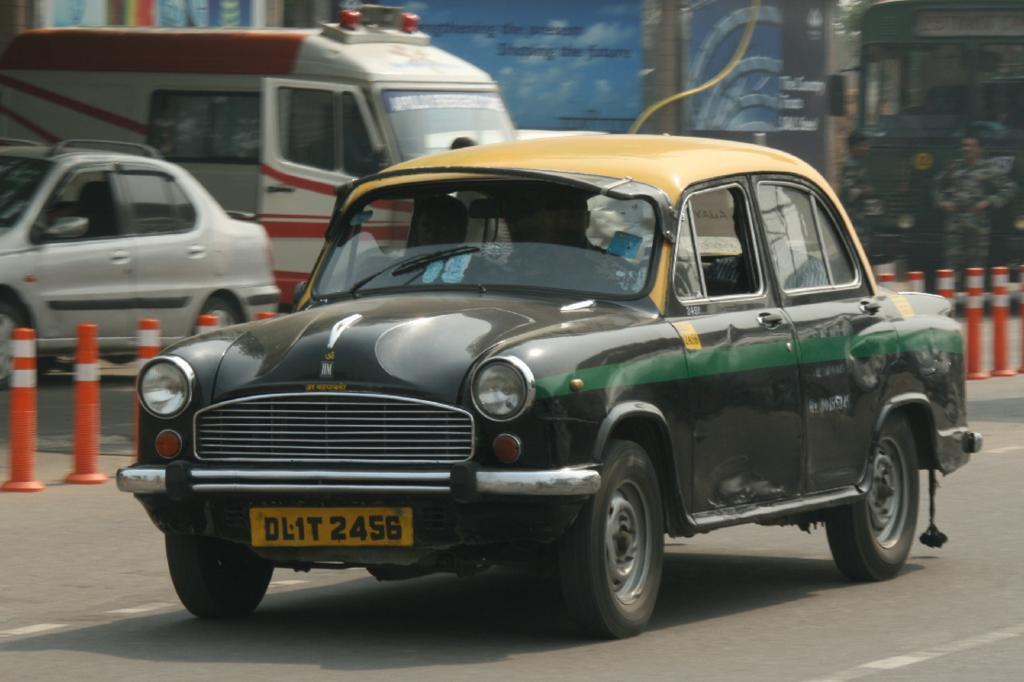 Panorama: Hindustan Ambassador - Botschafter aus einer anderen Zeit