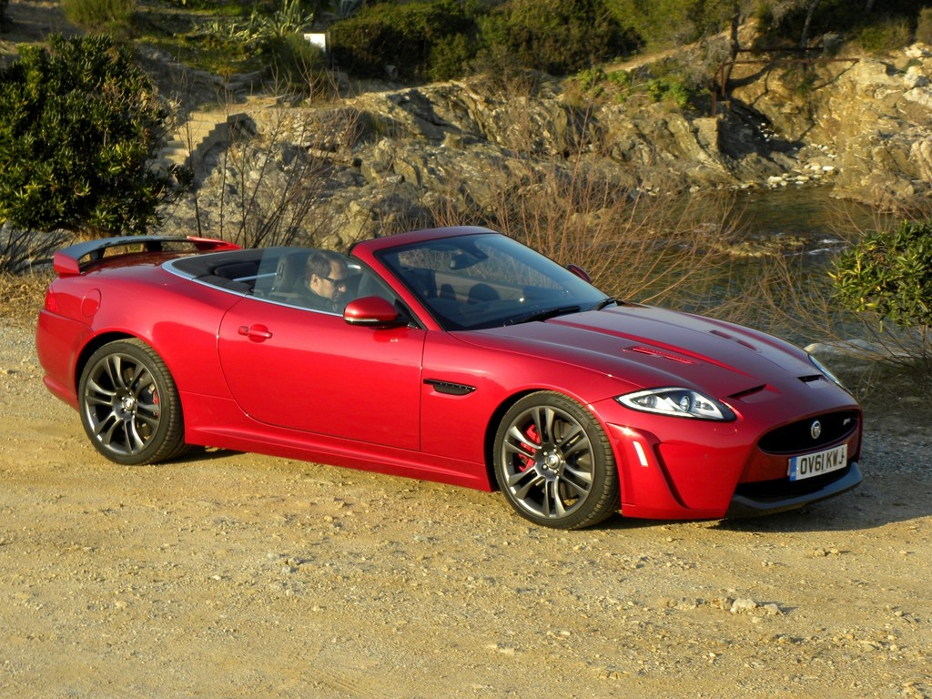 Pressepräsentation Jaguar XKR-S Cabriolet: Gebändigt, griffig, giftig
