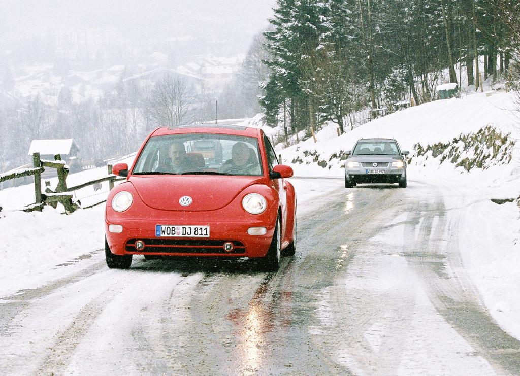 Ratgeber: Tipps für sicheres Verhalten wenn das Auto rutscht