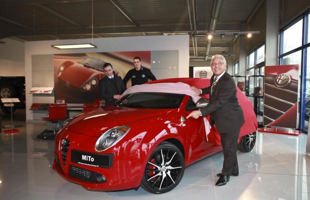 Rolf Milser gewinnt Alfa Romeo Mito beim Ball des Sports 2012