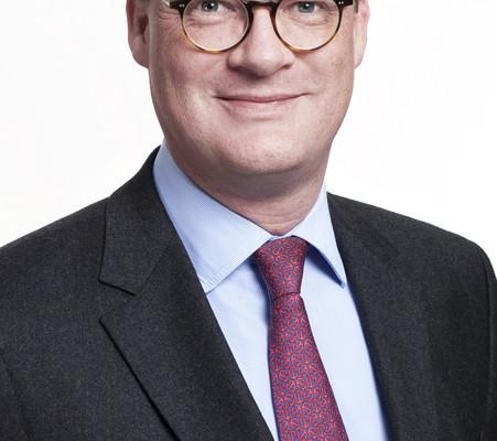 Till Oberwöhrder übernimmt bei Evobus Marketing und Vertrieb