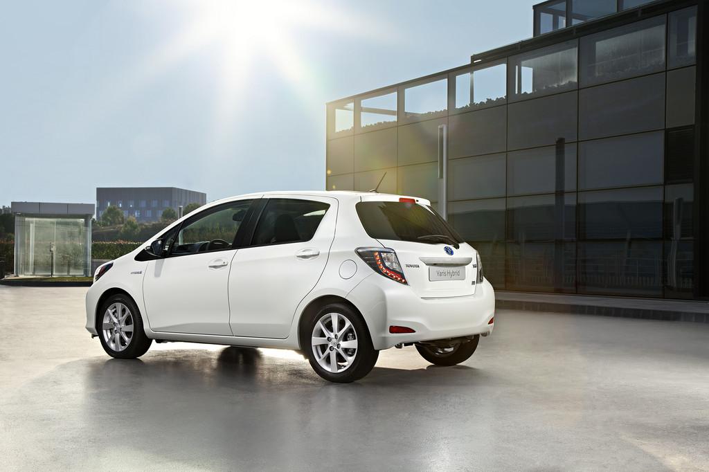 Toyota Yaris Hybrid.