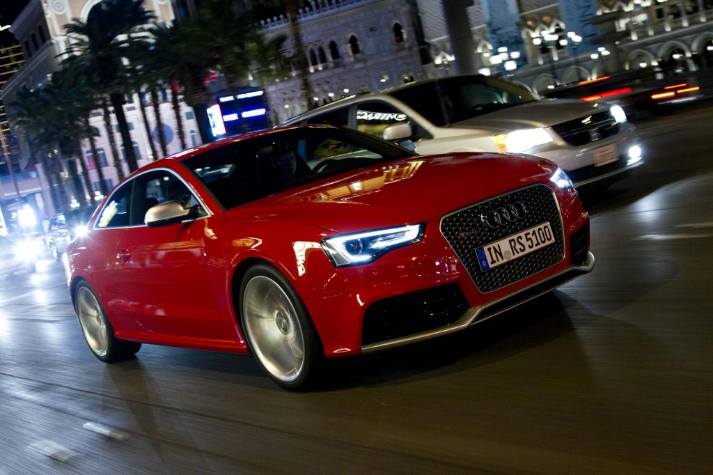 Unverändert bleibt das Herz des RS5, ein 4,2-Liter-V8 mit 331 kW/450 PS