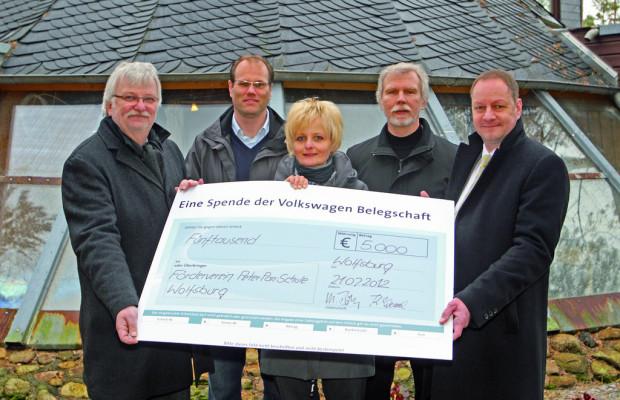 Volkswagen-Mitarbeiter spenden 5000 Euro