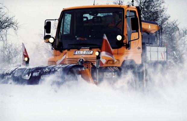 Winterdienst - Räumfahrzeugen Vorfahrt gewähren