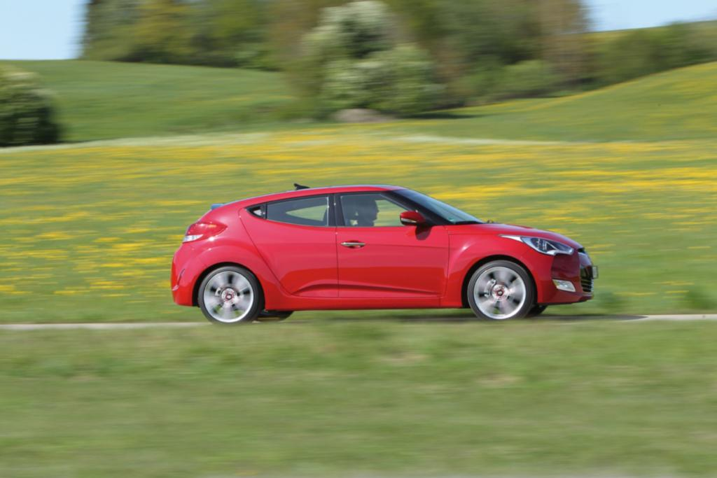 Zu den Konkurrenten gehöhren VW Scirocco und Opel Astra GTC