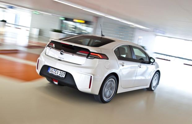 Über 6500 Bestellungen für den Opel Ampera