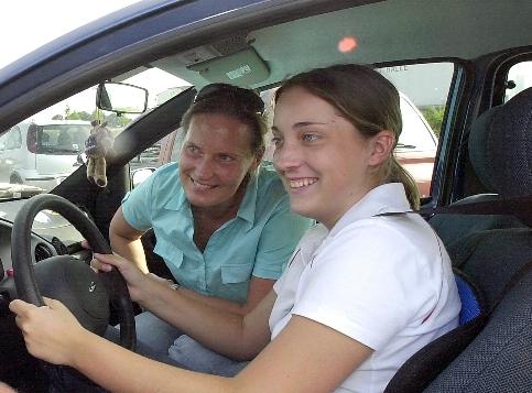 ADAC: Frauen sind die besseren Autofahrer