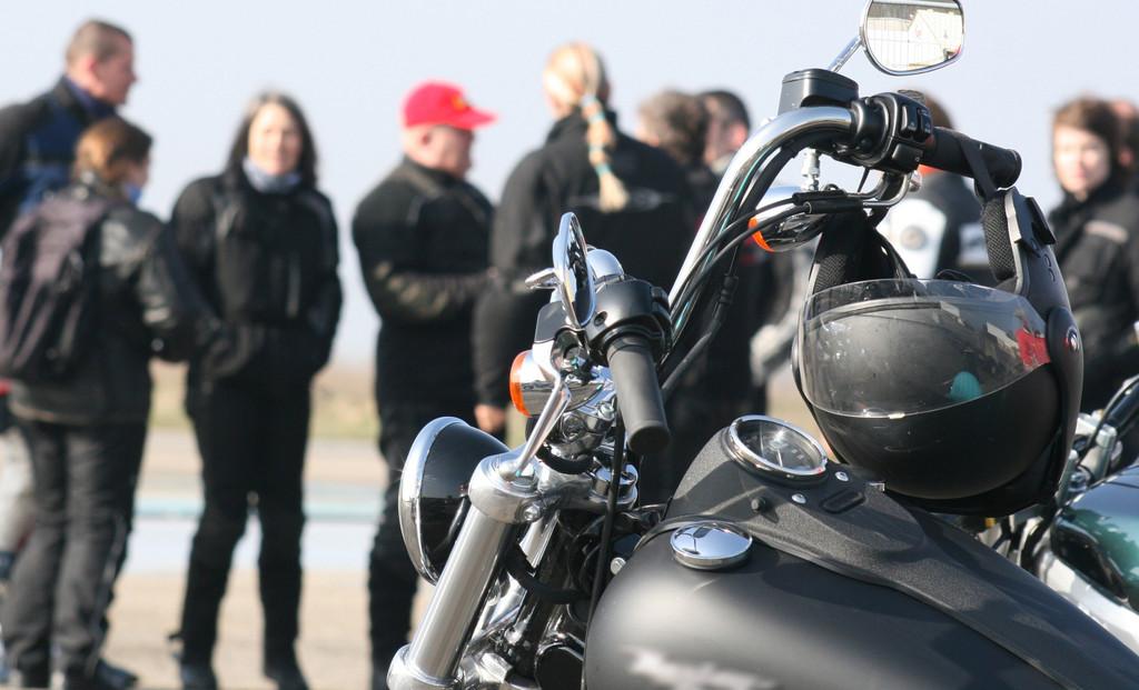 Anteil weiblicher Motorradfahrer bei 14 Prozent
