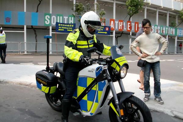 Brammo Elektromotorräder für Polizei in Hongkong