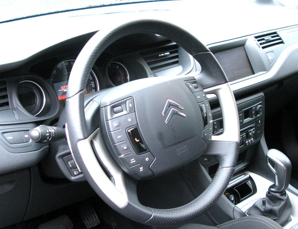 Citroën C5: Blick ins Cockpit.