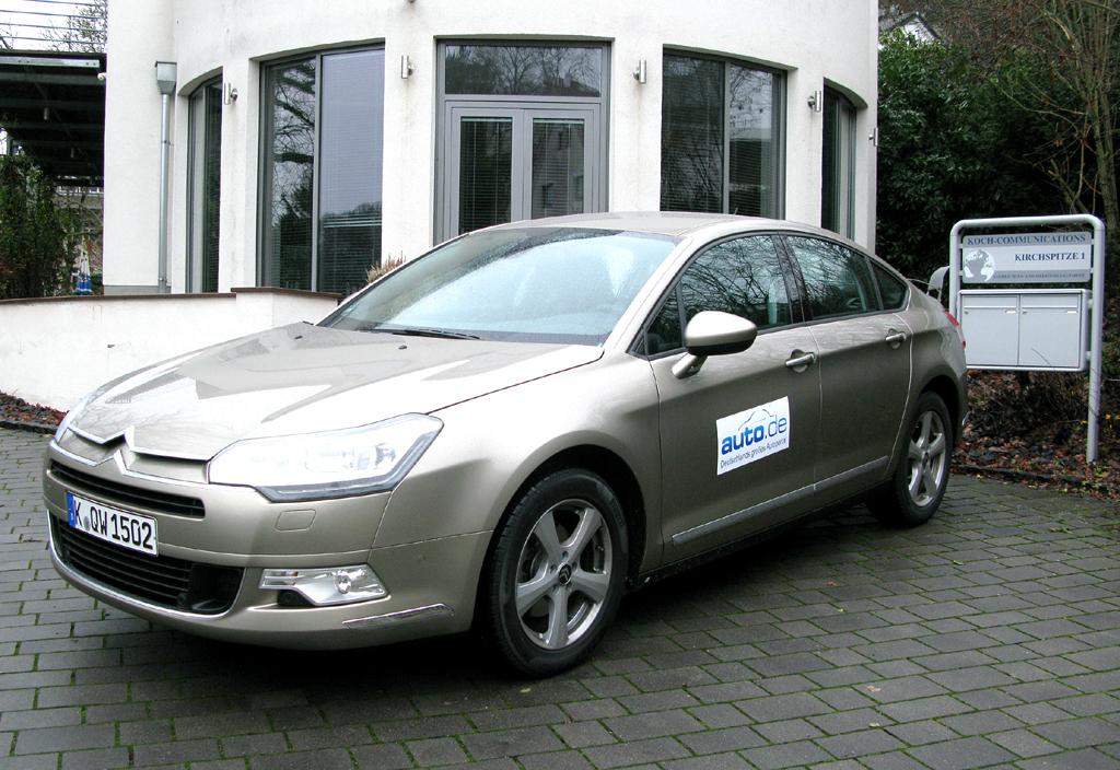 Citroën C5, hier als Basisdiesel-Limousine mit 82/112 kW/PS. Fotos: Grebe