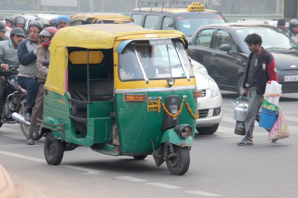 Das Dreirad ist die buchstäblich tragende Säule im Nahverkehr von Städten wie Mumbai oder Delhi