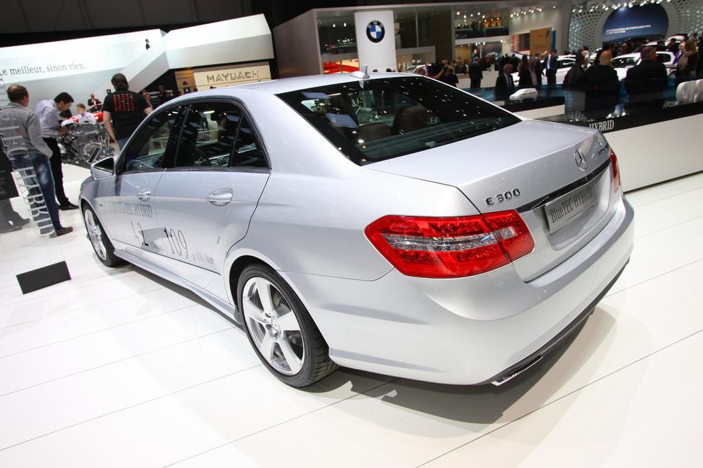Genf 2012: Mercedes-Benz zeigt sparsamstes Oberklasse-Auto der Welt