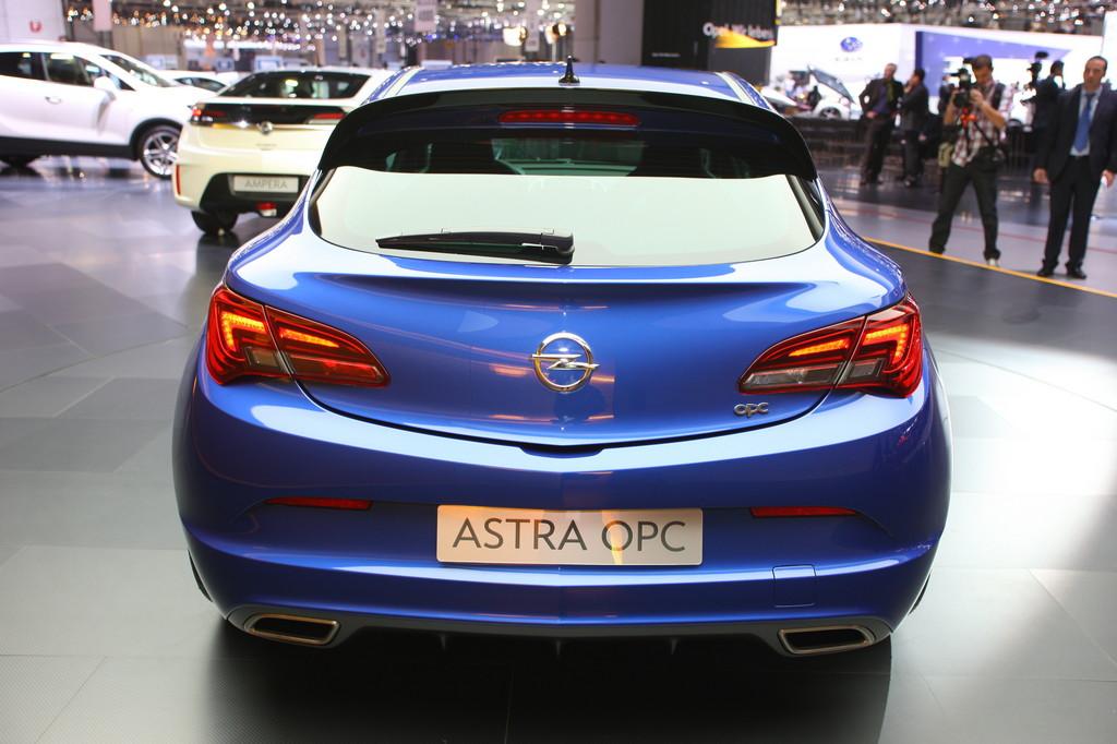 Genf 2012: Opel zeigt den stärksten Astra