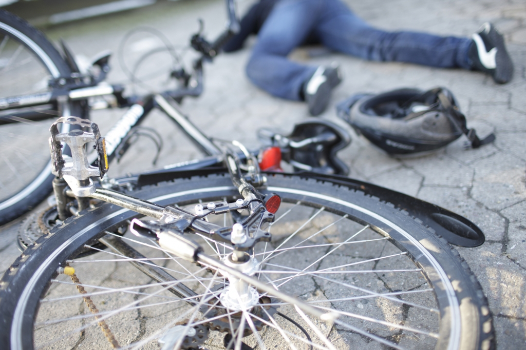 Grob verkehrswidrig: Radler haftet bei Unfall allein