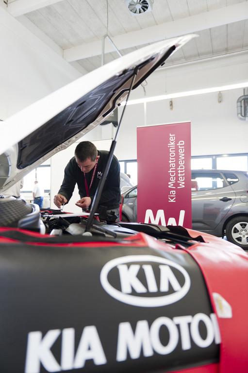 Kia prämiert die besten Kfz-Mechatroniker