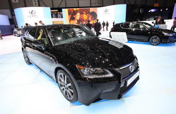 Lexus GS mit größtem Display