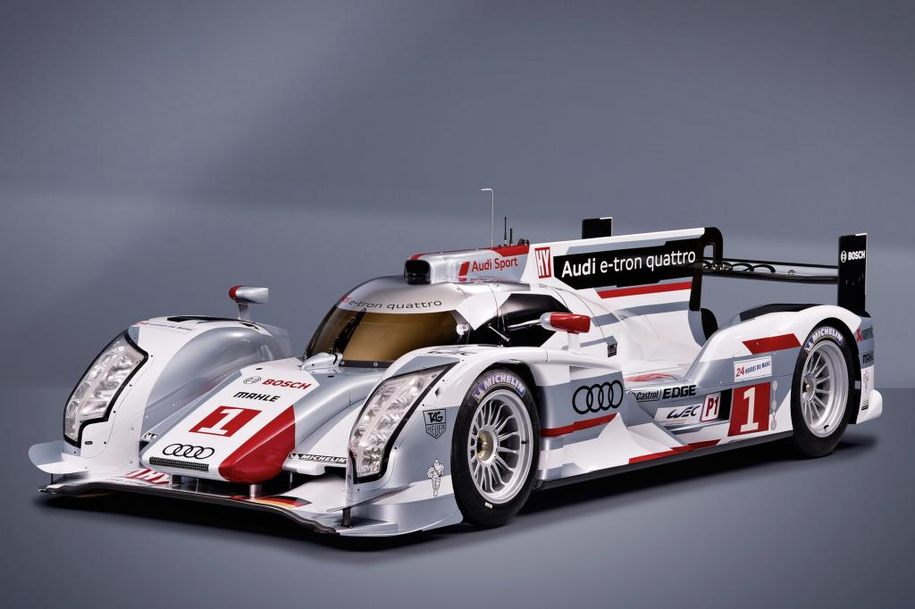 Mit dem R18 e-tron quattro stellt Audi einen Hybrid-Rennsportwagen vor