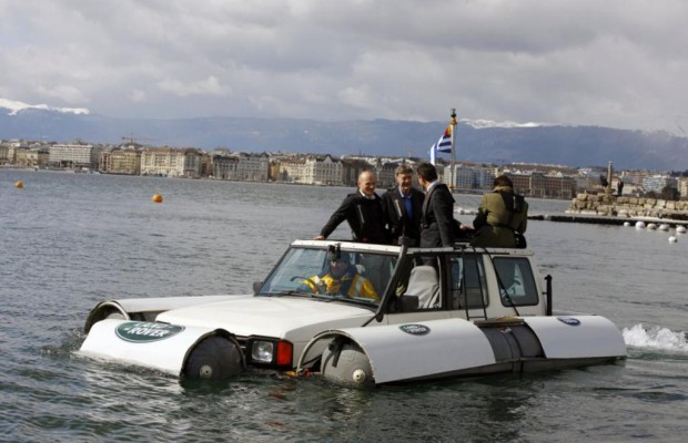 Panorama: Land Rover Discovery als Amphibien-Auto - Der Sea-Rover