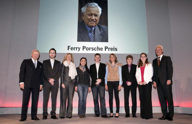 Porsche verleiht Ferry-Porsche-Preis an 253 Abiturienten