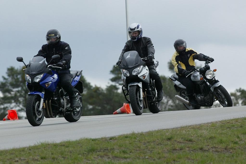 Sicher in die Motorradsaison starten