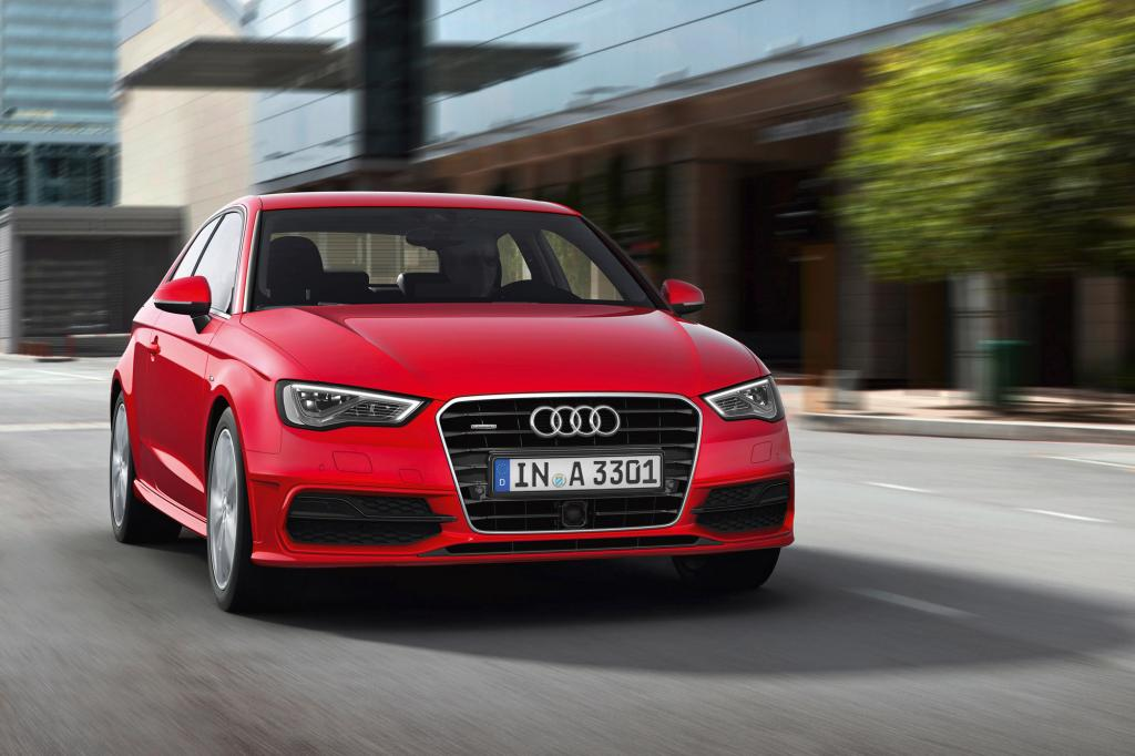 Stilistisch verfeinert der kompakte Audi das Design der beiden Vorgängergenerationen weiter