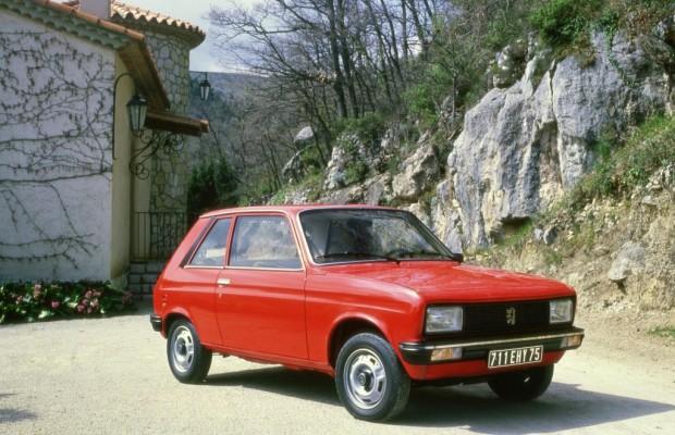 Techno Classica und Retro Classics 2012: Peugeot Geburtstagsparty für den 104