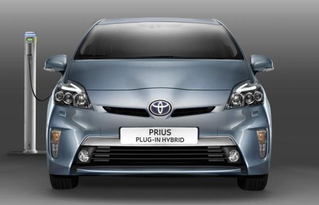 Toyota Prius Plug-in Hybrid - 25 Dosenkilometer
