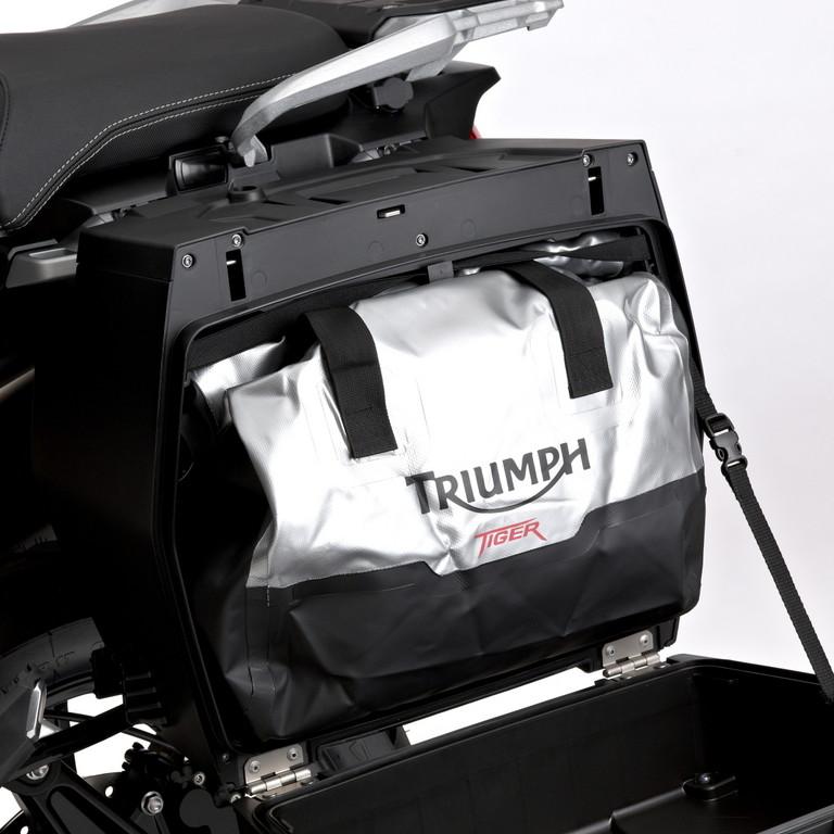 Triumph bietet Stauraum-Programm für die neue Tiger Explorer
