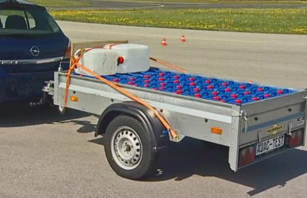 ADAC testet Baumarkt-Anhänger
