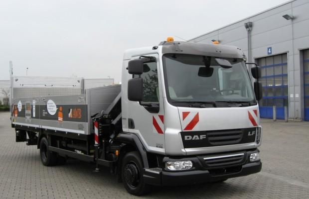 AWB Köln übernimmt Hybrid-Lkw von DAF