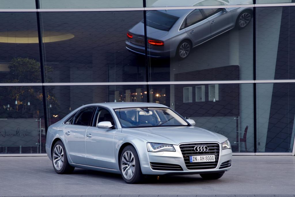 Audi bietet den A8 als Hybrid an