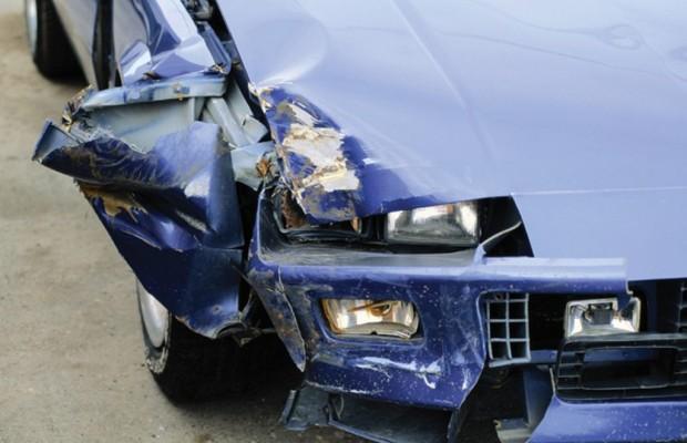Bremsende Kraftfahrzeuge haften für verletzte Passagiere