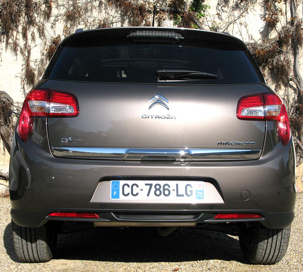 Citroëns C4 Aircross: Blick auf die Heckpartie.