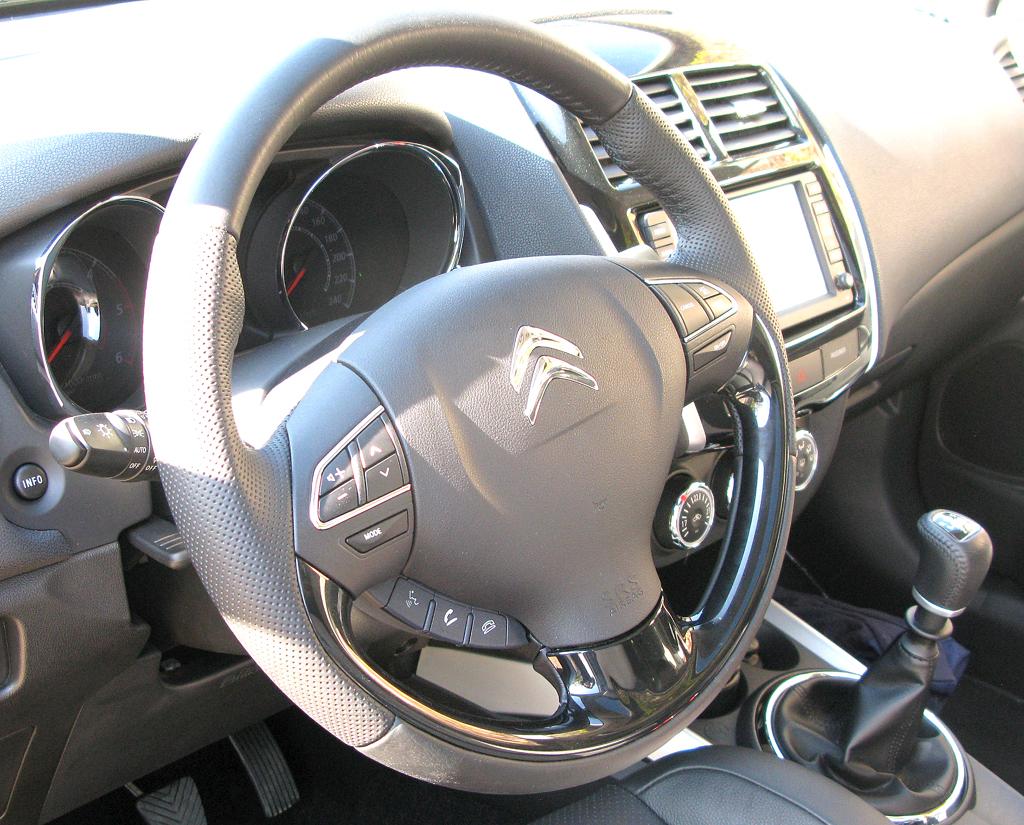 Citroëns C4 Aircross: Blick ins Cockpit.