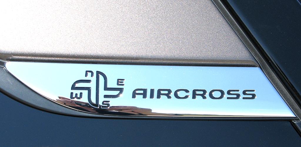 Citroëns C4 Aircross: Hinweis auf Modell und Geländegängigkeit des Wagens.