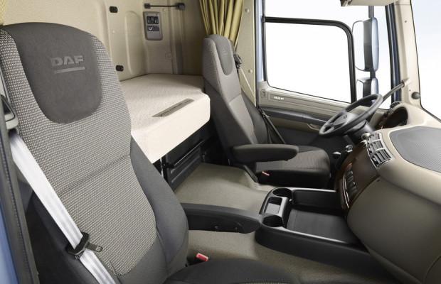 DAF CF und XF105 mit neuen Sitzen und Schmutzfängern