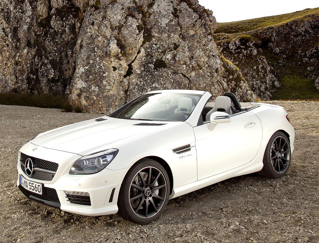 Den SLK 55 AMG bietet Mercedes mit Zylinderabschaltung als zusätzlichem Appetitzügler an.